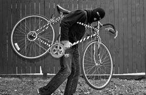 BOCICOIU MARE - Hoț de bicicletă, prins de polițiști