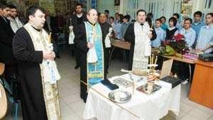 BOR vrea să deschidă CABINETE DE RELIGIE în școlile din România