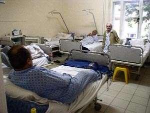 BORŞA: Un bărbat în vârstă de 64 de ani a furat banii unui pacient internat la Spital