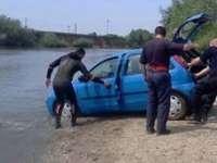 BORŞA: Un tânăr a plonjat cu autoturismul în râul Cisla