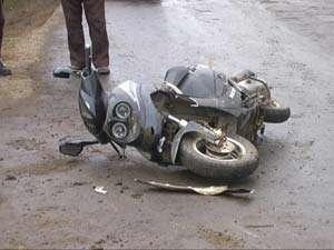 BORȘA: Aflat în stare de ebrietate a condus un moped şi s-a accidentat