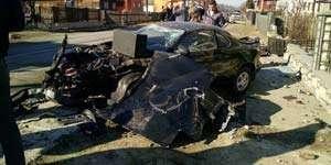 BORȘA: Trei tineri s-au dat peste cap cu autoturismul încercând să evite o groapă din carosabil