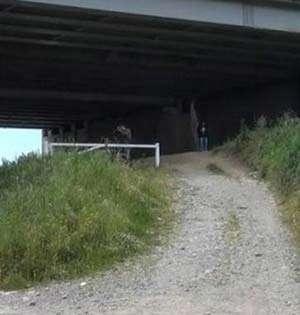 Cadavrul unei românce a fost găsit crucificat la periferia Florenţei