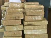 Captură-record de cocaină pe un avion Air France, șase persoane reținute