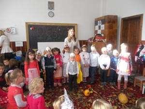 Carnavalul Toamnei la Grădinița din Călinești