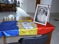 Carte de condoleanţe în memoria Reginei Ana a României, deschisă la Palatul Administrativ din Baia Mare