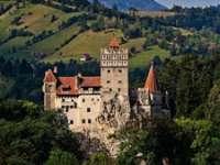 Castelul Bran nu este de vânzare și nu se va închide