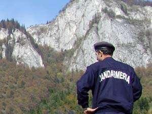 CAVNIC - Activităţi preventiv educative desfăşurate de jandarmii montani