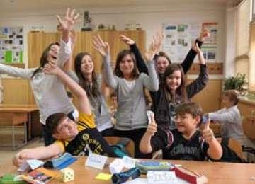 Cei mai mulți elevi susțin prelungirea vacanței de vară, propusă de patronatele din turism