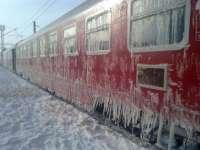 CFR: Circulație feroviară în condiții de iarnă; 79 de trenuri de călători, anulate