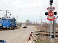 CFR, obligată să pună bariere la trecerile la nivel de cale ferată