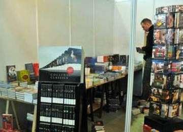 """Chişinău - Salon Internaţional de Carte în cadrul Sărbătorii Naţionale """"Limba Noastră cea Română"""""""