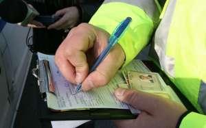 Cinci dosare penale pentru conducere fără permis întocmite ieri de poliţiştii maramureşeni