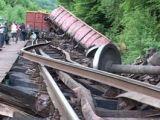 Circulaţia trenului Sighetu Marmaţiei – Bucureşti Nord a fost deviată din cauza unui tren deraiat