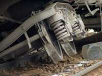 Cluj: Un tren a deraiat lângă Aghireș după ce locomotiva a lovit o cireadă de vite