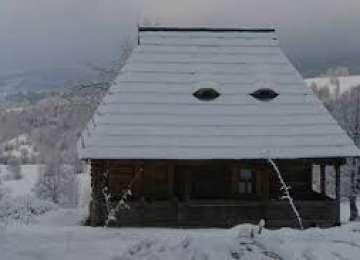 Cod galben de vânt și ninsoare moderată, în Maramureș și alte șapte județe, până la ora 16:00