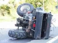 Coliziune între un ATV și un autoturism. O persoană a fost transportată la spital