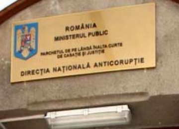Comunicat al DNA: Președintele României, senatorii și deputații, avocații, notarii și executorii judecătorești au fost puşi mai presus de lege