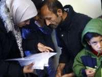 Constituția Germaniei a fost tradusă în limba arabă pentru a putea fi citită de refugiați