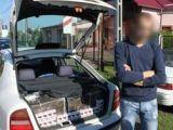 CONTRABANDĂ: Peste 3.600 pachete cu ţigări, confiscate de poliţişti