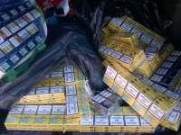 Contrabandă - Peste 300 pachete cu ţigări confiscate de poliţiştii maramureşeni