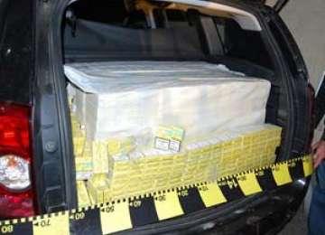 CONTRABANDĂ: Țigări în valoare de peste 4000 lei confiscate la Crăciunești
