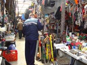 Controale în pieţele din judeţ încheiate cu amenzi şi bunuri confiscate