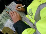CONTROALE ÎN TRAFIC: 108 permise de conducere reţinute de poliţişti săptămâna trecută