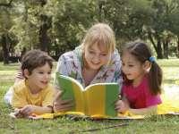 Copiii care au crescut înconjurați de cărți au venituri mari când sunt adulți