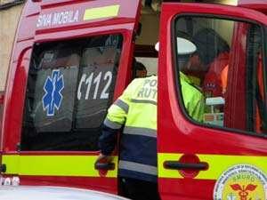Copil în vârstă de 3 ani accidentat de un autoturism