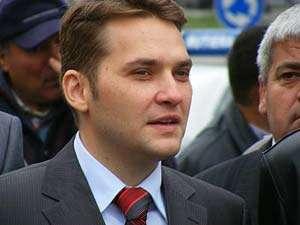CORUPŢIE la vârf – Directorul general al firmei Selina, firma care a abondonat drumul Baia Sprie - Bârsana, a încercat să îl mituiască pre ministrul Şova