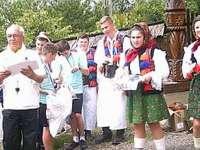 Crosul dedicat zilei de 1 Iunie la Bârsana, pe Bradova