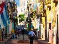 Cuba amnistiază peste 3.500 de deţinuţi cu ocazia vizitei Papei Francisc