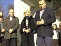 CULMEA NESIMȚIRII - După ce a susținut-o până în pânzele albe pe Cornelia Negruț în campania din decembrie 2012, acum Ovidiu Nemeș se declară nemulțumit de activitatea dânsei în Parlament
