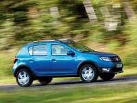 Dacia recheamă în service peste 2.400 de maşini din Romania