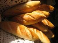 Daniel Constantin: Preţul pâinii va scădea în conformitate cu diferenţa de la TVA de 24% la 9%