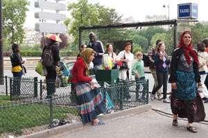 De ce ne urăsc străinii pe noi, românii? O experiență de două zile la Paris