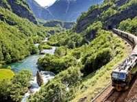 DECIZIE: Călătorii vătămați în accidente feroviare primesc o despăgubire de maximum 190.000 de euro