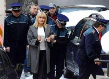 DECIZIE: Elena Udrea, arestată preventiv pentru 30 de zile
