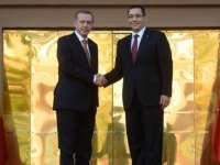 """Declarație a lui Victor Ponta: """"Oamenii simpli care au ieşit în stradă au salvat Turcia de dictatură"""""""