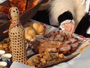 Delicatese din Maramureș la piața