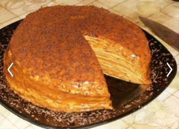 DELICIOS - Tort din clătite cu cremă caramel