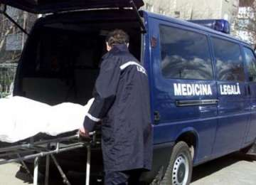Descoperire macabră în BERBEȘTI - Cadavrul unui bărbat, aflat într-o stare avansată de descompunere