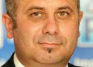Directorul general adjunct al APIA a fost reţinut de DNA