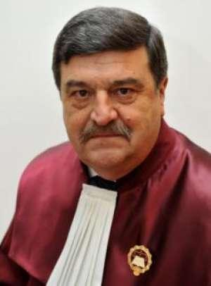 DNA: Judecătorul CCR, Toni Greblă, urmărit penal pentru mai multe fapte