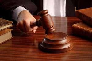 Doi maramureşeni, condamnaţi la închisoare pentru comiterea infracţiunilor de contrabandă, lovire şi infracţiuni la regimul circulaţiei rutiere