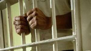 Doi maramureșeni, condamnați la închisoare pentru infracţiuni contra patrimoniului şi contra vieţii