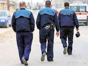 Doi poliţişti au fost bătuţi în Crasna Vişeului