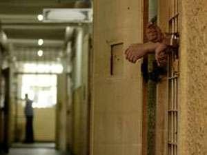 Doi tineri din Baia Mare, condamnați la 3 ani de închisoare