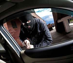 Doisprezece hoţi, dintre care doi din Sighet, au fost prinşi ieri de poliţiştii maramureşeni